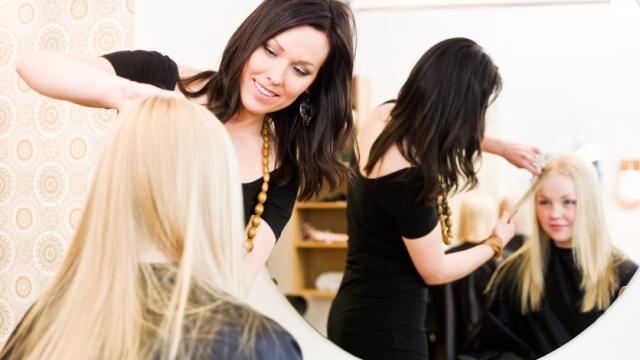 les avantages d'avoir un coiffeur à domicile